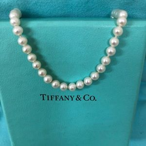 🔴Authentic Tiffany & Co PEARL Bracelet 🔴❤️